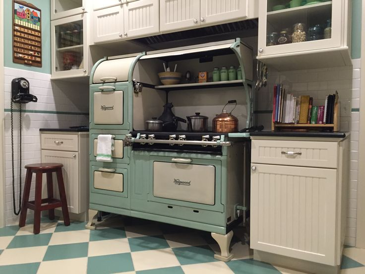 11 best 1920s kitchen remodel with wedgewood stove images for 1920s kitchen remodel