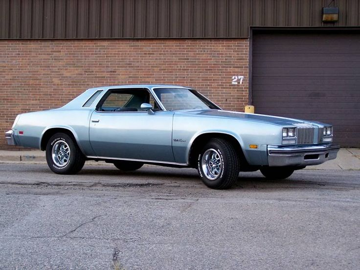 1977 Olds Cutlass Supreme, had one of these in light green also.