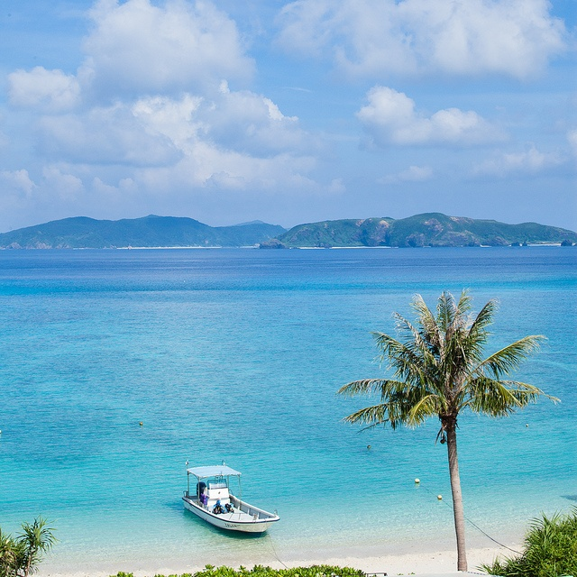 Okinawa, Japan. Most beautiful beaches in the world!!