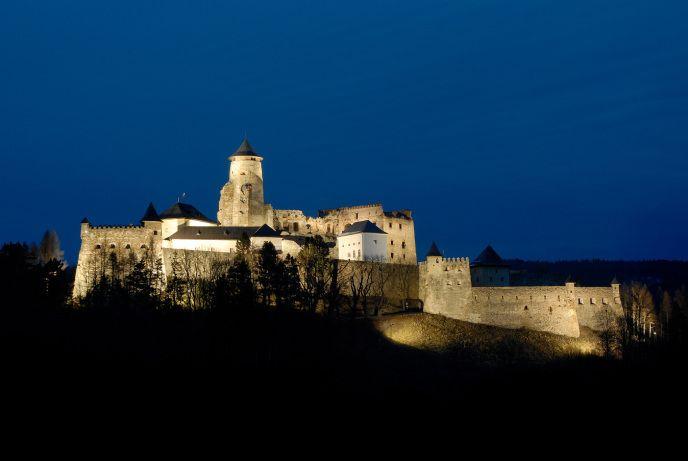 Ľubovňa castle during the night