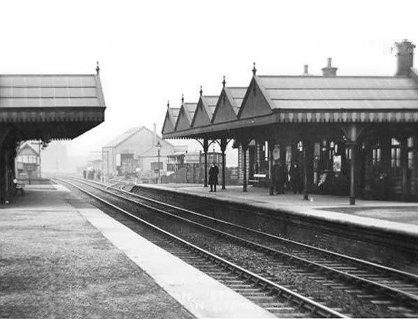 The now-lost Killamarsh Central Station looking north in the early 20th century.