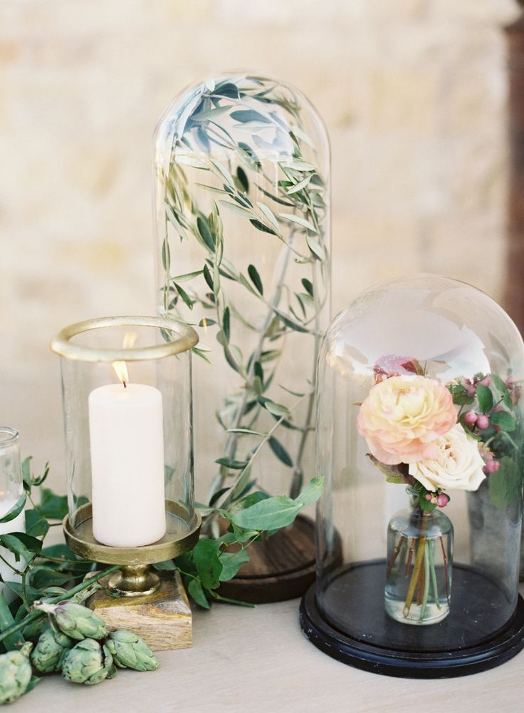 Beauty and the Beast-esque wedding decor: Photography: Jen Huang - http://jenhuangphoto.com/