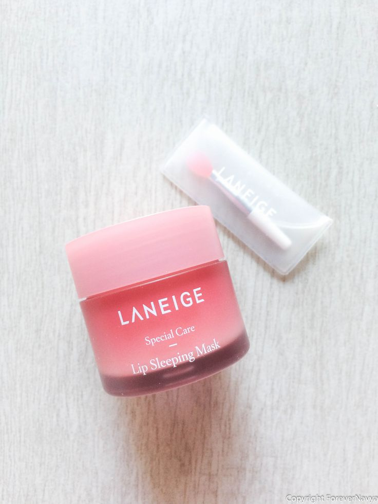 Dealing with dry, dull, or have tone concerns with your lips? You have found the product that will address these concerns. This berry infused mask removes dead skin cells, hydrates dry skin and reveal