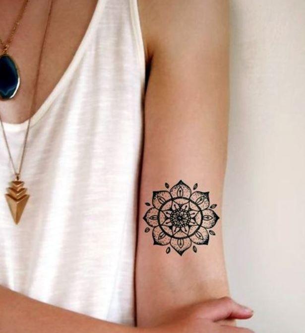 foto-tatuaggio-mandala-sul-braccio - Lei Trendy