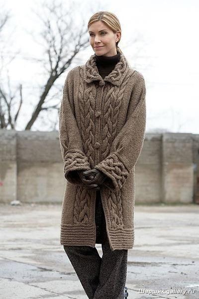 Вязанное пальто спицами схема бесплатно