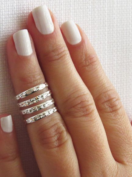 Love these Knuckle rings. Would be perfect for me in gold!