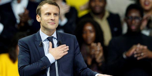 En 2017, Emmanuel Macron ne va pas occuper une position centriste mais une position centrale. Celle assignée à un président de la République.