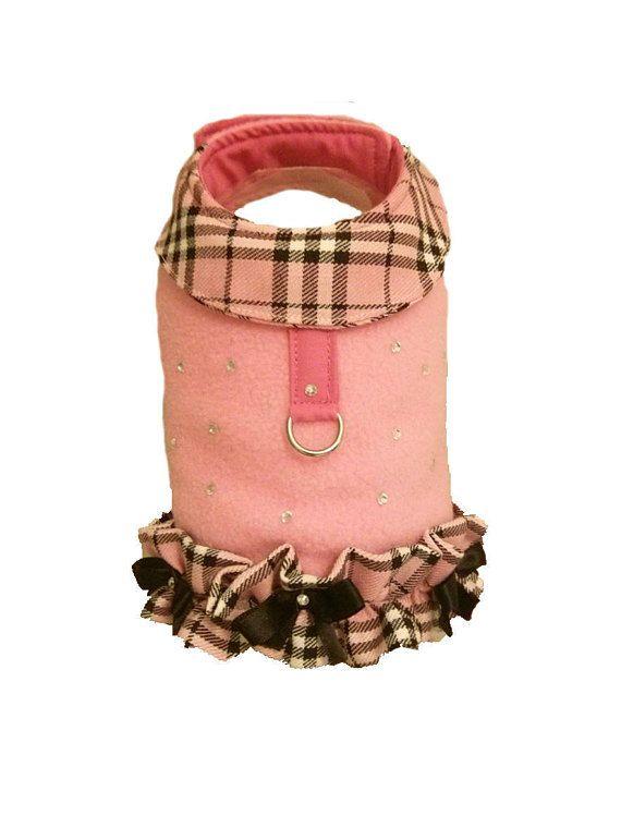Cane in pile Harness gilet vestito rosa e tartan con diamante