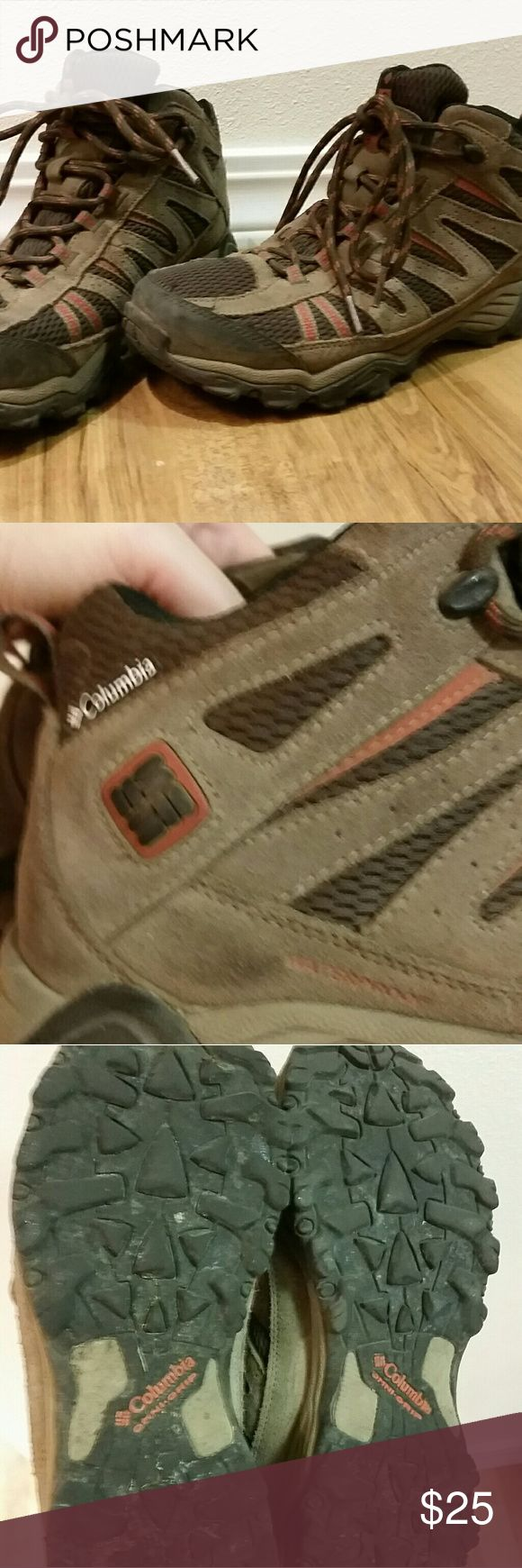 Columbia waterproof hiking boots Gently worn men's hiking boots for sale. Worn to 3 hikes but decided it was too small. Soles in great condition! A superficial mark inside due to orthodics. US 8 Euro 41. Columbia Shoes Athletic Shoes