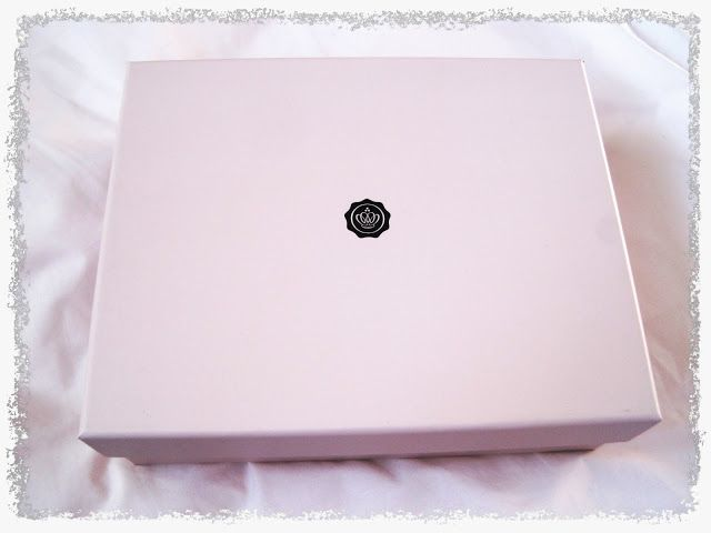 GlossyBox Review - Feb 13 http://thelittlethingblog.blogspot.co.uk/2013/02/february-glossybox-review.html