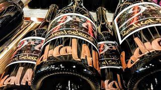 CERVEZA YAÑEZ imaginada al alimón con ORDIO MINERO.Espíritus afines creando nueva original cerveza: Weekend is coming! Catariending!