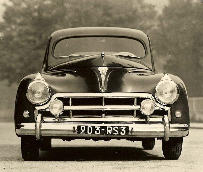 Peugeot 203 Darl'Mat hot rod des années 50 à la française!