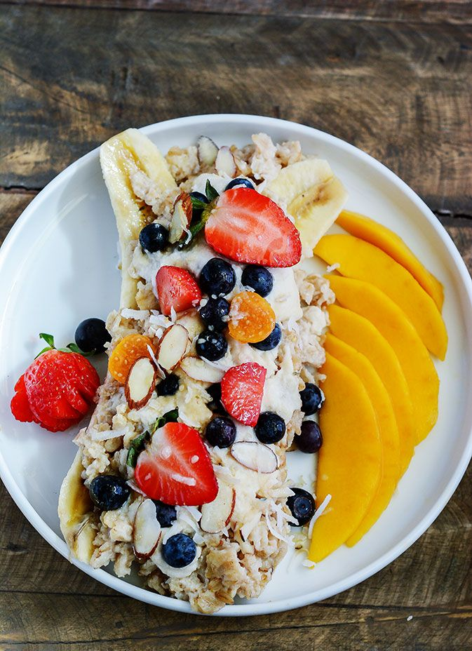 Who said we couldn't enjoy dessert for breakfast. This healthy Banana Split Oatmeal is just the perfect hearty breakfast!