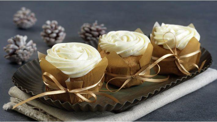 Kryddercupcakes med kremosttopping - MatPrat