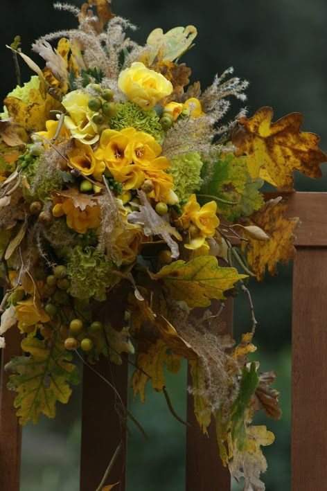 Bouquet for Hanbok #hanbok #hanbokbouquet #seoulwedding #복주머니 #플라워클래스 #프렌치스타일 #플라워스쿨 #花束 #꽃놀이 #꽃스타그램 #flowerstagram #취미꽃꽂이 #꽃배우기 #花 #ブーケ #frenchflorist #꽃