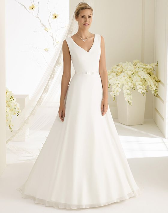 DALILA dress from Bianco Evento