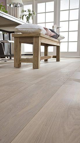 25 beste idee n over woonkamervloer op pinterest - Betegeld wit parket effect ...