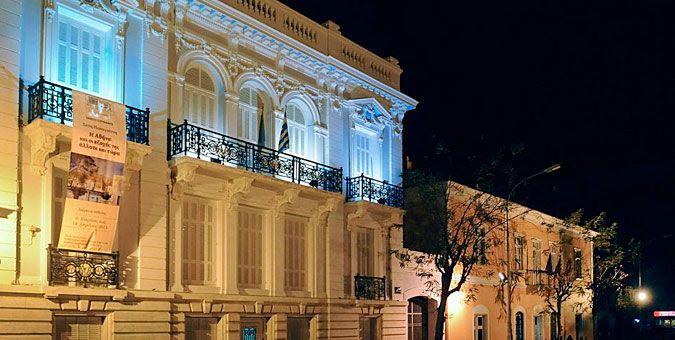10 αθηναϊκά κτίρια με ενδιαφέρουσες ιστορίες Αρχοντικό Βούρου - Μουσείο Πόλεως των Αθηνών