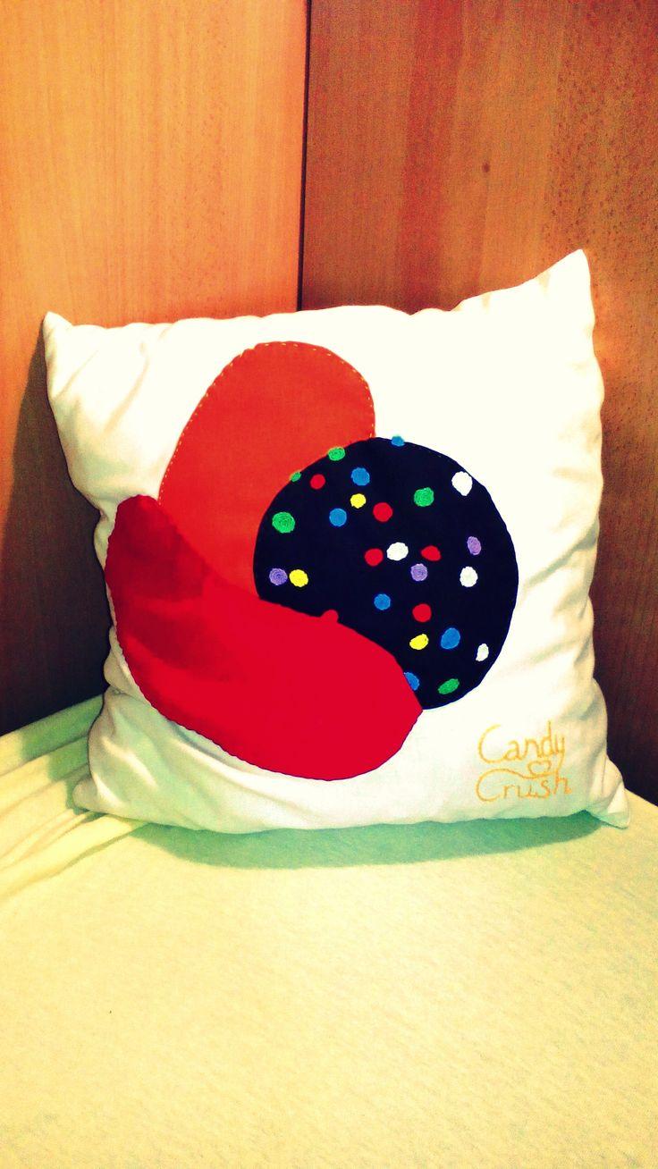 Candy CrasH Pillow
