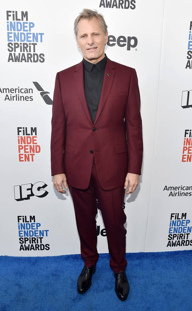 Viggo Mortensen from Film Independent Spirit Awards 2017: Red Carpet Arrivals  The Captain Fantastic star rocks a more stylish version of the funeral suit he wore in the movie.