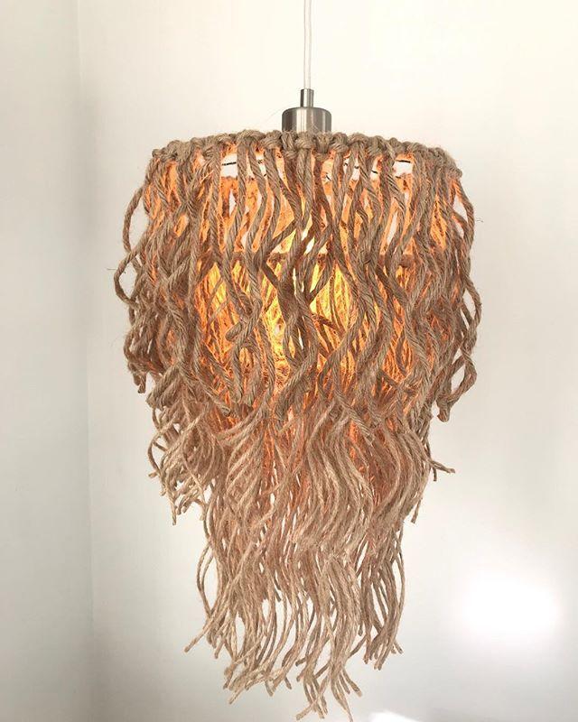 Lampen Selber Machen 25 Inspirierende Bastelideen Lampen Selber Machen Lampe Selber Bauen Zuhause Diy