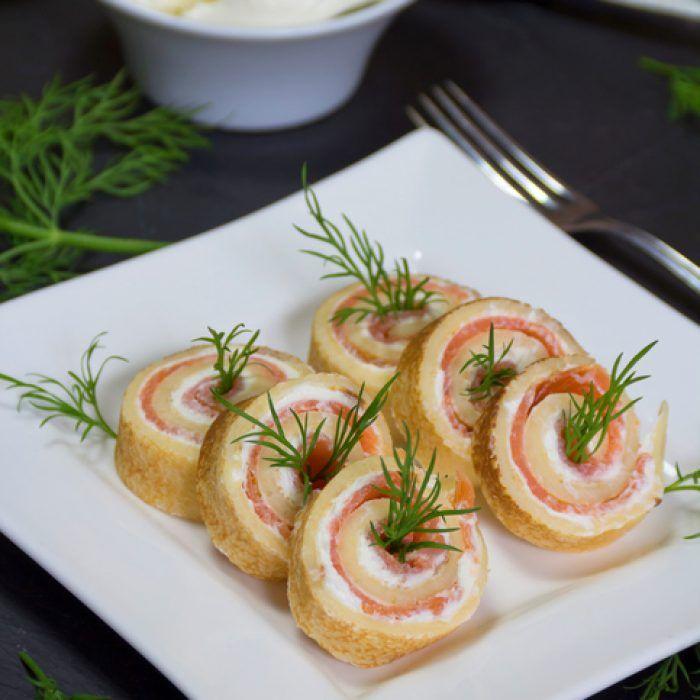 Donnez du peps aux palmiers dorés de notre enfance en les associant au saumon fumé. Les ingrédients Pour 4 personnes : – 1 pâte feuilletée – 100 g de saumon fumé – 200 g de chèvre frais – 1 oeuf – Aneth