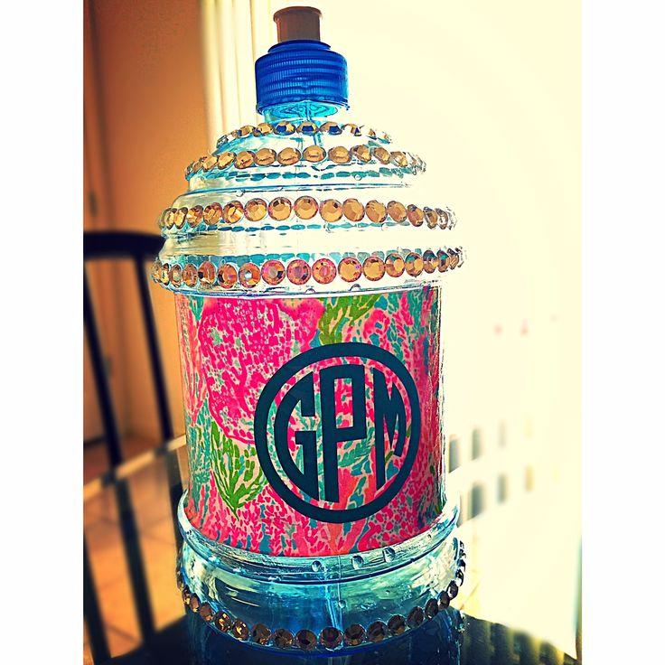 Spring Break Decorated Water Bottle! #monogram #lilly
