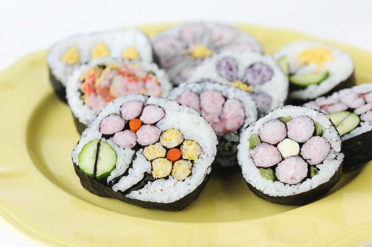 Flowers sushi roll
