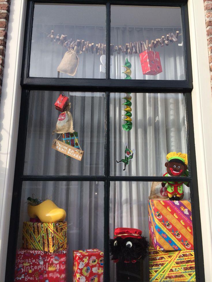 Sinterklaas decoraties in mijn raam