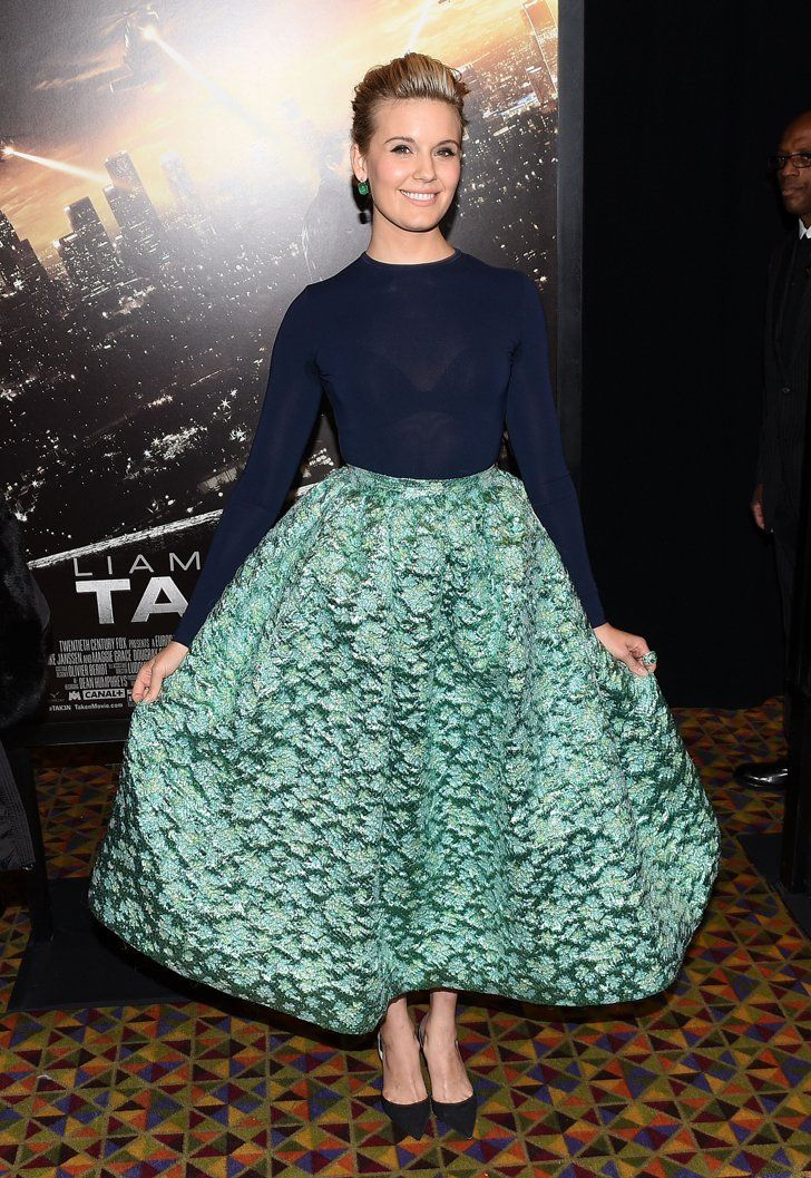 Pin for Later: This Week's Top 10 Proves That Covered Up Can Be Sexy Too Maggie Grace We're totally getting some Old Hollywood flashbacks seeing Maggie Grace rock this Christian Siriano ensemble.