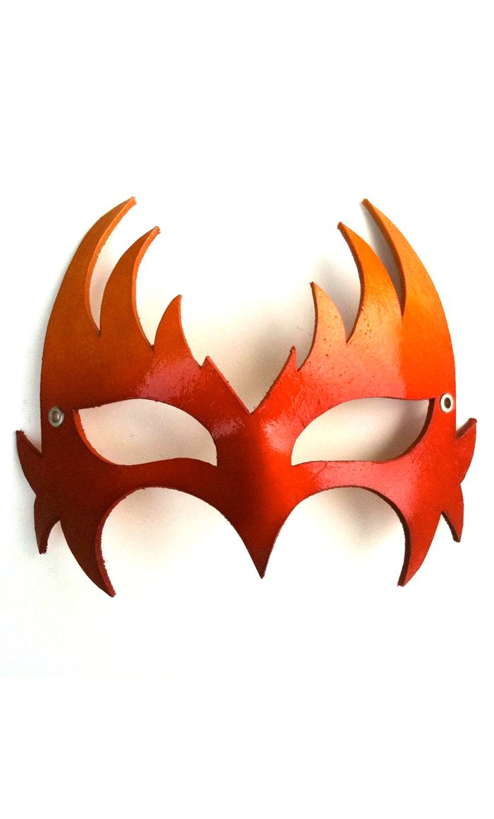 Don't you think mask could be part of an amazing Catching Fire or Hunger Games Halloween costume? It's made out of leather and hand painted. Available on Etsy. #costumes #catchingfire #hungergames