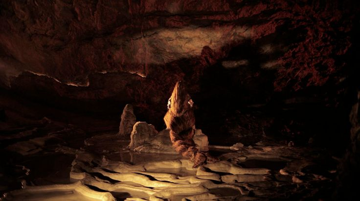 Pauline Curnier Jardin Grotta Profunda (the moody chasm)