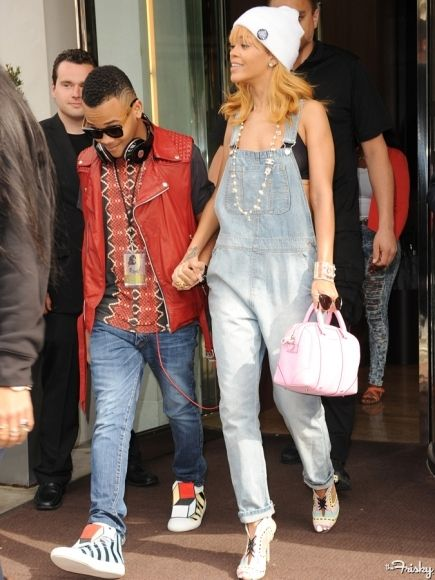 Rihanna Street Style What Do You Think Of The Overall