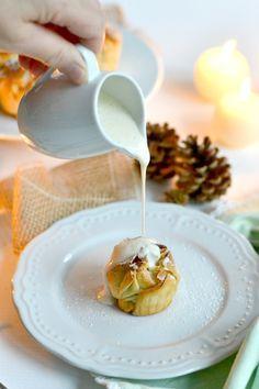 Apfelstrudeltörtchen mit Vanillesauce                                                                                                                                                                                 Mehr