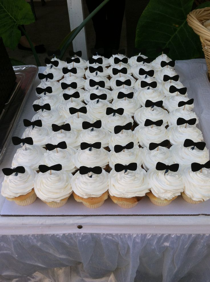 best 25 bow tie cupcakes ideas on pinterest bow tie. Black Bedroom Furniture Sets. Home Design Ideas