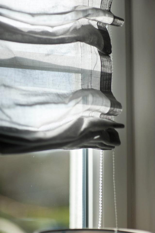© stylus.pl | #homedecor #homeinspiration #interiors #fabric curtains #romanblind #window #fabian