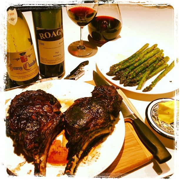 A pair of 99's with a pair of Ribeyes #FilthyGoodVino #Wine cc @anthonydanna Yumminess = YES ;-) Want more? Check out http://filthygoodvino.com Sharing wine experiences that make your heart race! Notes on the tasty beverages passing my lips, tips & tricks to help you get the most from your Filthy Good Vino, stories of vino love and more!