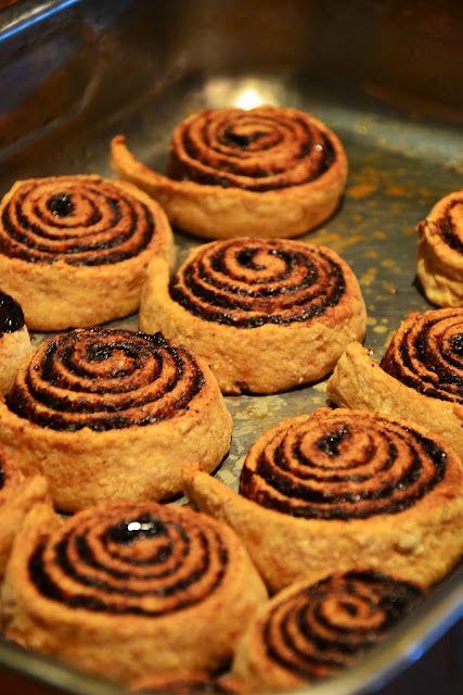 The eccentric Cook: Hungarian Kakaós Csiga (Chocolate Rolls)
