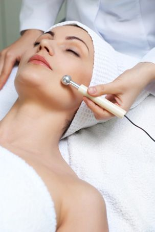 Galvanic Anti-aging Facial. A galvanic facial involves the use of mild electric currents to stimulate new cell growth, improve the penetration of active ingredients into the deeper layers of the skin, and promote a firming effect. This treatment involves the use of several peptides to balance, hydrate, and minimize the appearance of wrinkles. Recommended monthly.