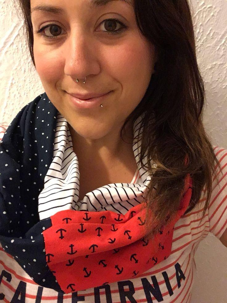 Le chouchou de ma boutique https://www.etsy.com/ca-fr/listing/525801832/foulard-infini-ancres-style-marin-rouge