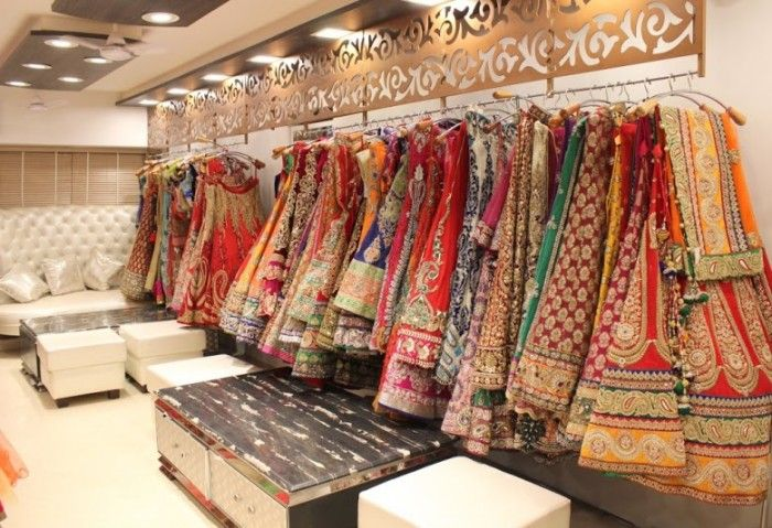Planning a trip to shop in Delhi for your Indian wedding outfits, lehengas and sarees? You will need this ultimate list of stores.
