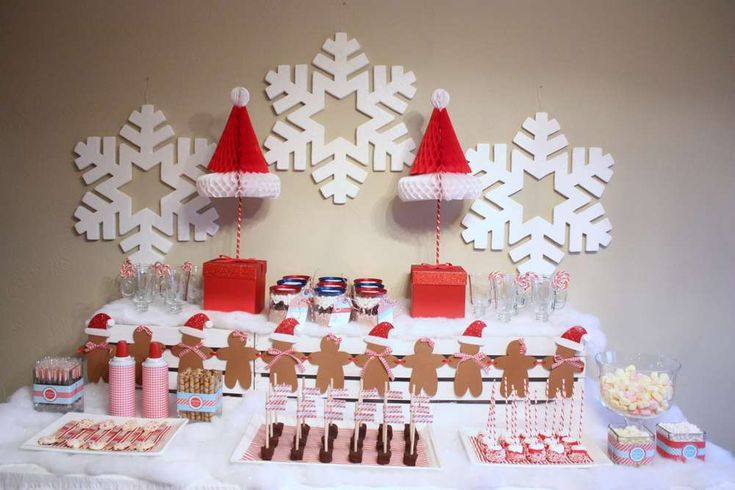 Santa's Gingerbread Party {With a Hot Chocolate Bar} | CatchMyParty.com