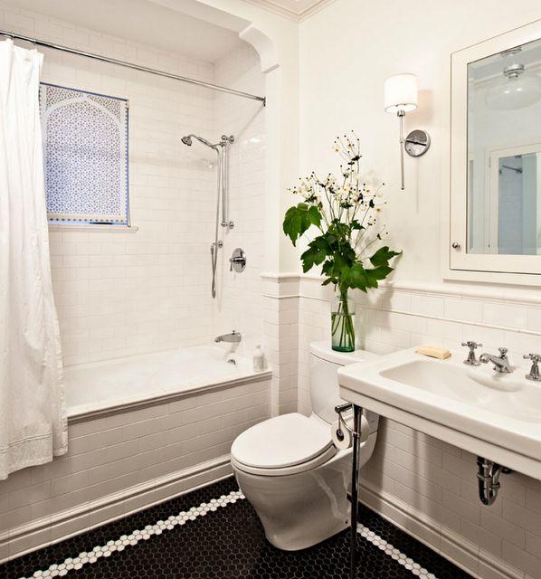 Tile and Surround: Homes Tours, Tubs, Floors, Interiors, Subway Tile Bathroom, Bathroom Idea, Black Tile, White Bathroom, Mosaics Tile