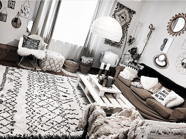 les 25 meilleures id es concernant d cor boh mien chic sur pinterest chambre coucher design. Black Bedroom Furniture Sets. Home Design Ideas