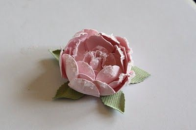 I Love these flowers.....  Cabbage Rose Tutorial