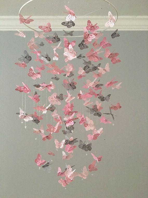 Papillon monarque lustre Mobile - une touche de gris, pépinière mobile, mobile bébé Bébé fille mobile, prop photo