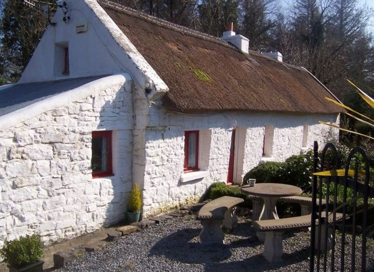 12 best ireland a cottage by the sea images on pinterest