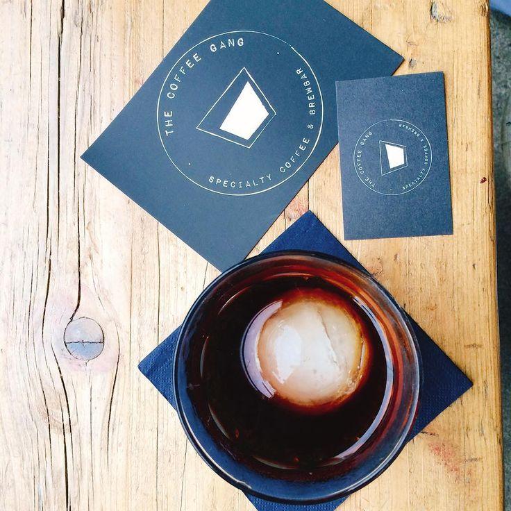 A ještě jedna od kafovejch gangsterů z Kolína nad Rýnem...luxusní Cold Brew #germany #czechfoodblogger #foodblogger #czechfoodblog #foodblog #coffee #coffeetime #coffeelover #coffeepic #coffeeshots #tasteactually #kaffe #kaffeegangster #kaffeezeit #thecoffeegang #photooftheday
