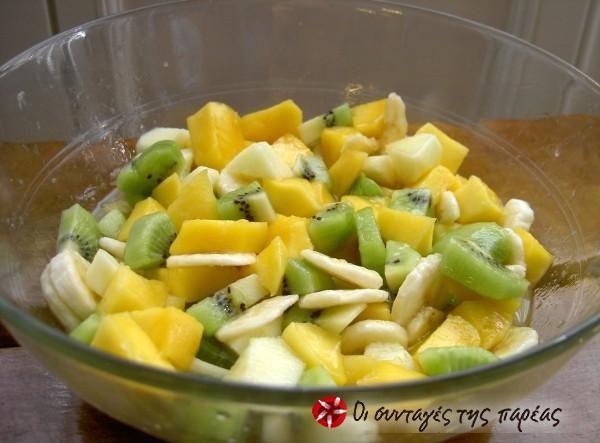 Φρουτοσαλάτα με φρέσκα φρούτα #sintagespareas