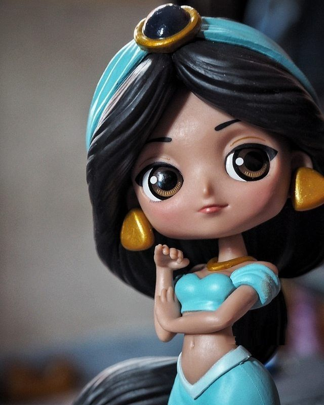 Muñeca de la princesa Jazmín